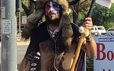 Vikingesymboler bliver brugt af QAnon-shaman
